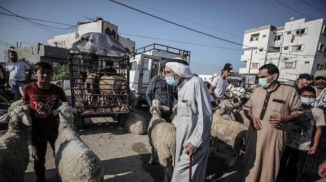 Abluka altındaki Gazze'de Kurban Bayramı telaşı yaşanıyor