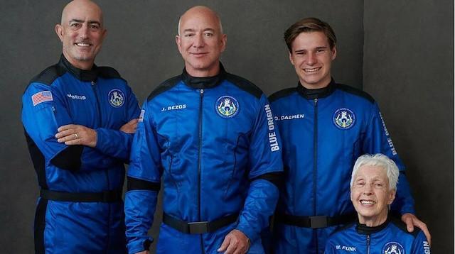 11 dakikalık tarihi yolculuk: Jeff Bezos ve ekibi uzaya çıktı