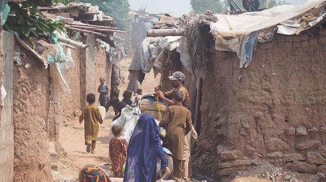 Pakistan'ın mülteci kamplarındaki Afganlar, ülkelerine dönme hazırlığında