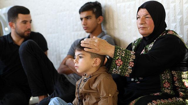 Anne-babaları İsrail askerleri tarafından tutuklanan çocuklar, korkulu bir bekleyiş içinde