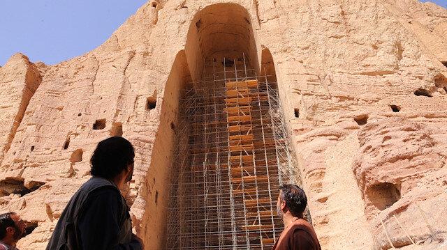 Afganlar, Taliban tarafından tahrip edilen Buda heykellerinin restore edilmesini istiyor