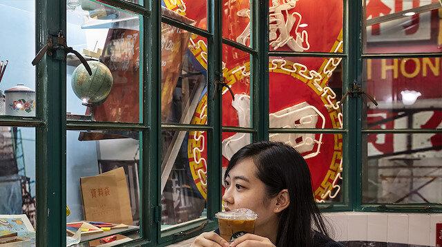 Hong Kong'daki nostaljik Starbucks restoranı