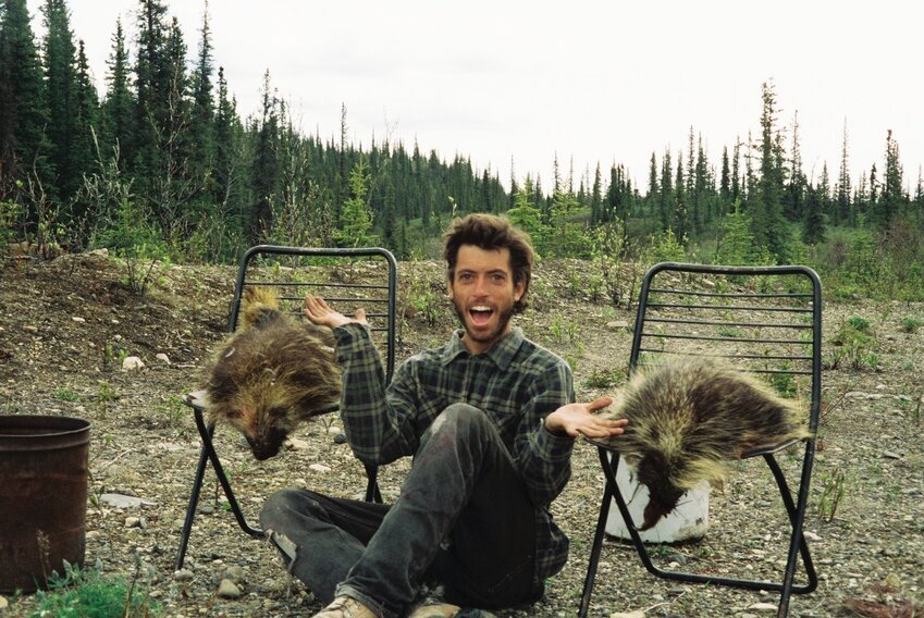 a plot overview of the story how chris mccandless died