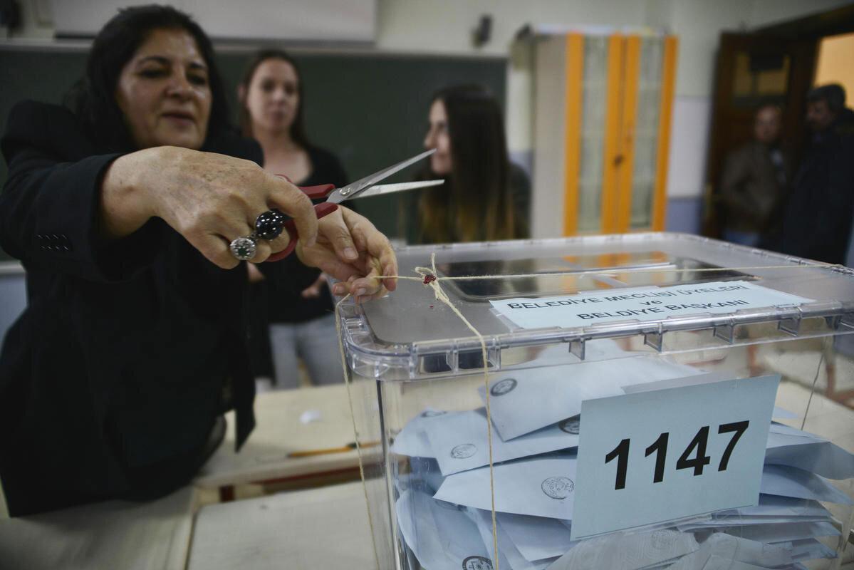 Tarihi oylamaya saatler kaldı: Peki siz hâlâ kararsız mısınız?