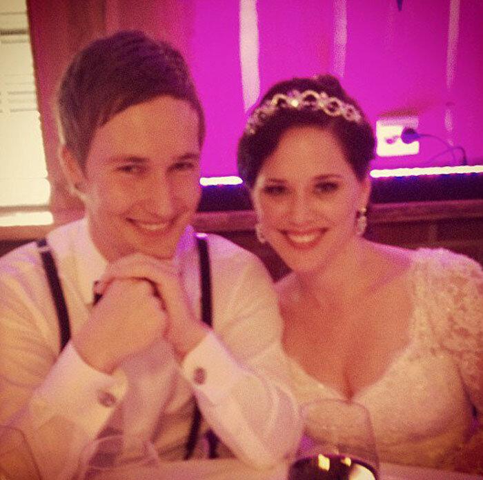 Düğün fotoğraflarını tost makinesiyle çektiren çift: Piksel piksel mutluluklar