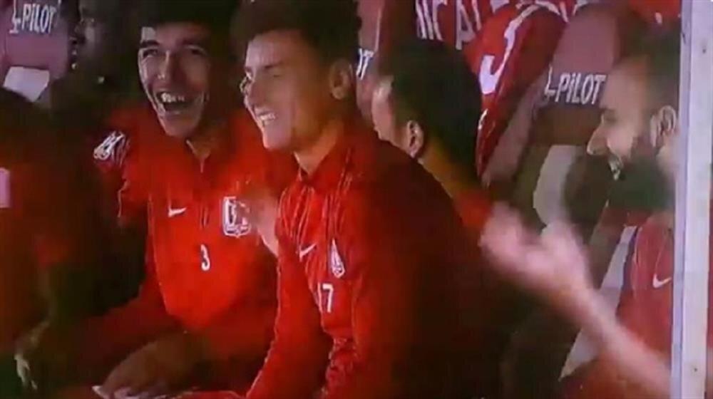 TFF 1.Lig'de stat hoparlörlerinden çalan müzik futbolcuları gülme krizine soktu