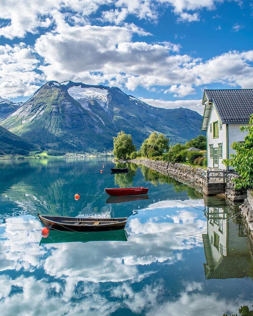 Oppstryn, Norway